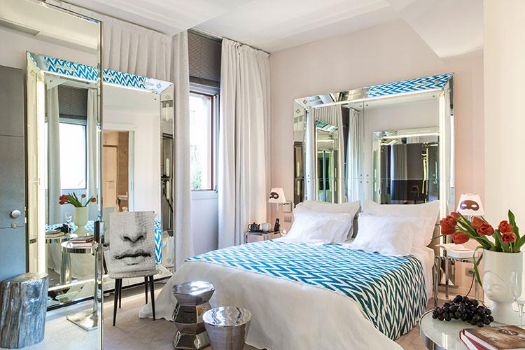Palazzina Grassi - Venezia:: Superior Room