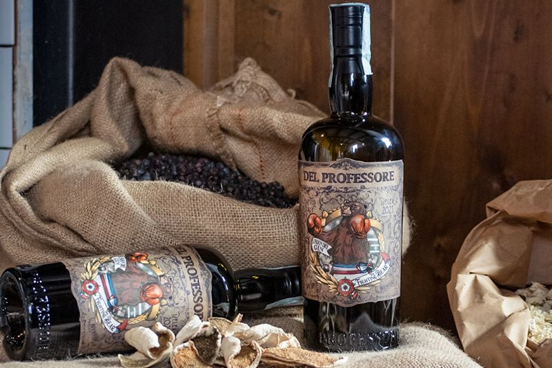 iBESTmag - The Fighting Bear Gin - Photo by Agnese Pierotti